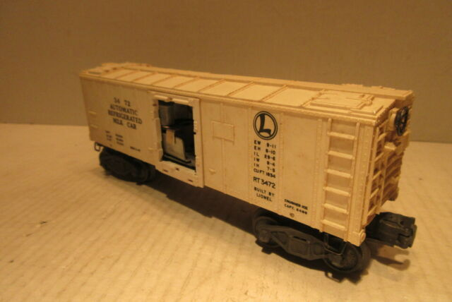 Lionel Train 3472 Automatic Refrigerator Milk Car O Gauge