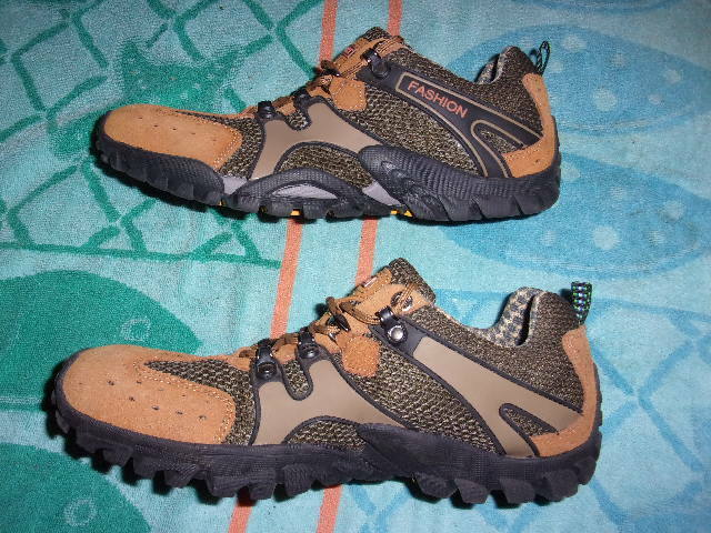 CEJIATU SPORT FASHION SHOES MEN'S SIZE 45