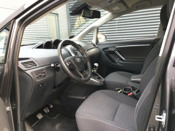 Toyota Verso 1,8 VVT-i T2 Premium 7prs - billede 5
