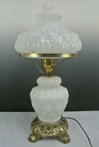GWTW-Hedco-DIAMOND-QUILTED-MILK-GLASS-ELECTRIC-HURRICANE-PARLOR-TABLE-LAMP