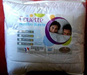 COUETTE-blanche-240x220-TRES-CHAUDE-750gr-m2-Fabriquee-en-France-EXTRAORDINAIRE