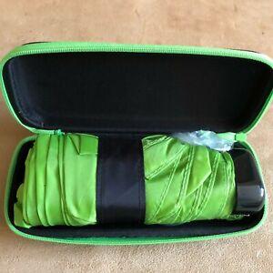 Purse-size-Umbrella-travel-case-Waterside-Shops-Naples-Florida-green-folding