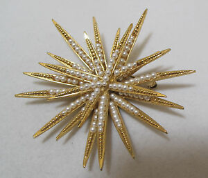 Glorious-Vtg-BOUCHER-Numbered-0830-Petite-Pearl-Gold-Plated-Starburst-Brooch
