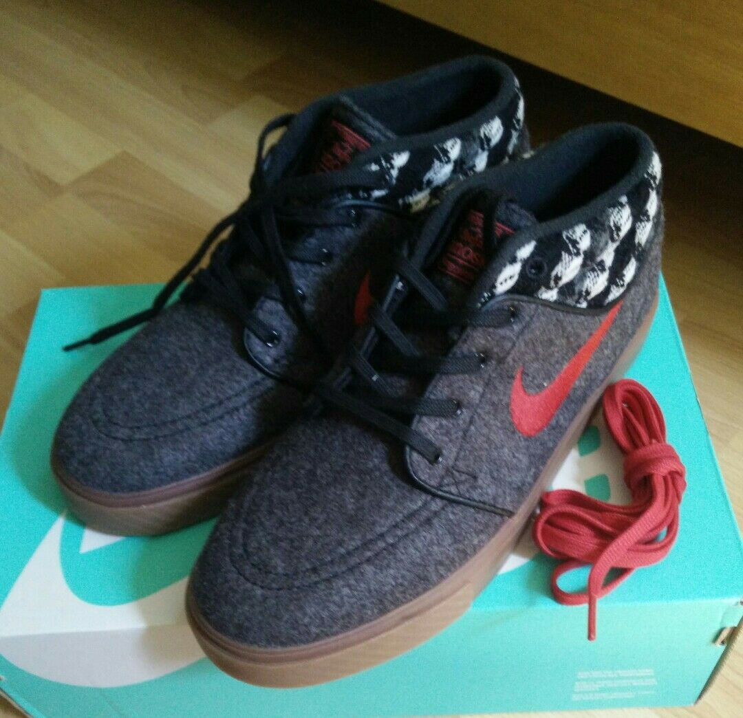 NIKE STEFAN JANOSKI MID WARMTH BLACK GYM RED GUM MED BROWN SIZE 8.5 NEW IN BOX