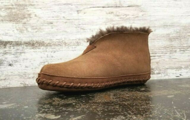 Womens L.L. Bean Moccasin Slippers SZ 7 M Fur Lined Brown Suede Read