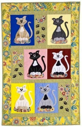 """Cute Adorable KITTY KITTEN CATS Small Wall Quilt Pattern~31/""""x 46/"""" Pussycats"""