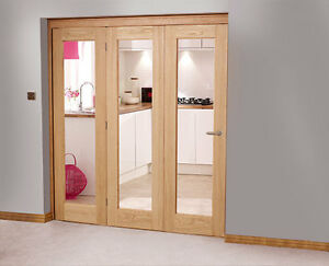 Oak interior folding doors 3 door system 1902mm x 2078mm for Internal folding doors systems