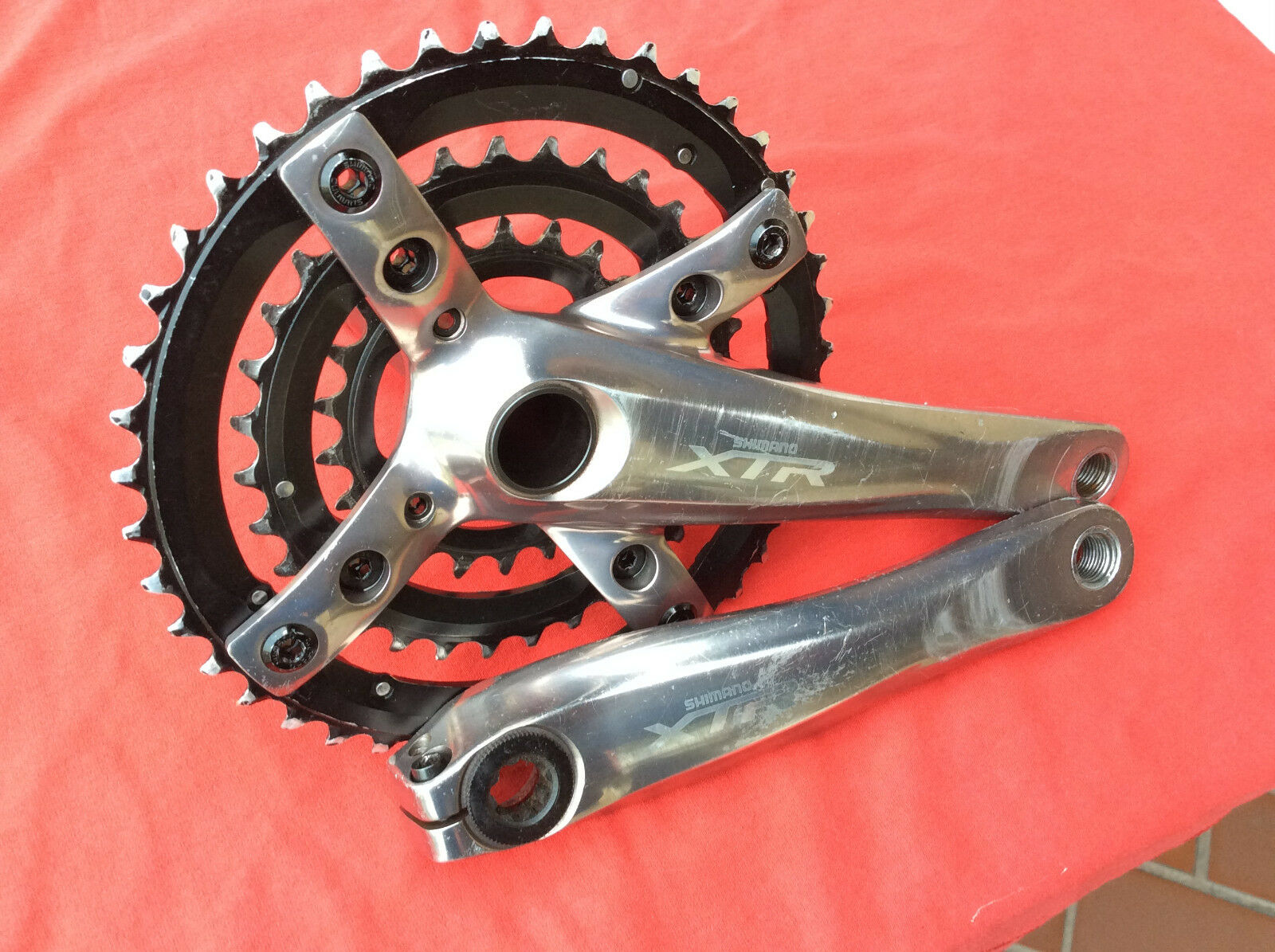 Shimano XTR FC-M960 Crank Set 175mm IN IN IN GOOD CONDITION ac1627