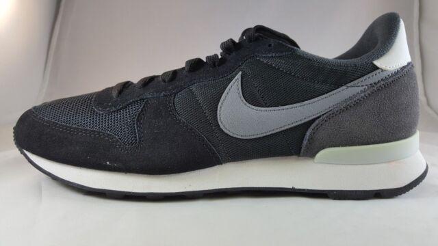 sports shoes ce1e8 51e63 Womens Nike Internationalist Size12 Black Grey 629684 016