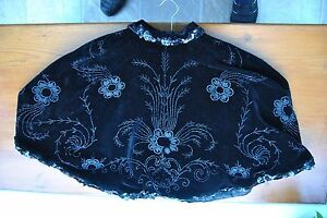 Antique-Victorian-Edwardian-Black-Velvet-Cape-embroidered-with-beads-and-sequins