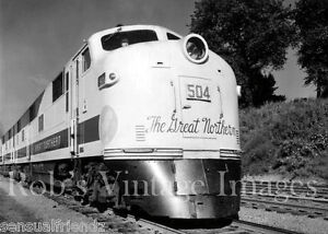 Great-Northern-Railroad-Empire-Builder-Photo-Vintage1950s-Train-EMD-F-Locomotive