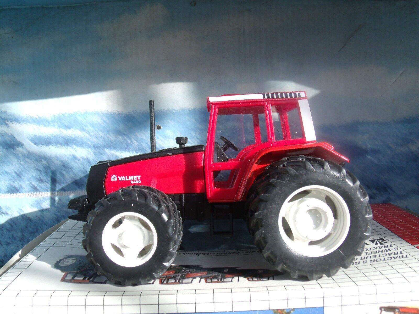 1 32  Joal (Spain)  VALMET  Tractor