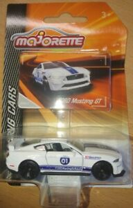 Majorette-212084009Q15-Racing-Cars-Ford-Mustang-GT-Ford-Racing-School-Neu