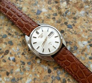 Vintage-Seiko-5-DX-25-Jewels-Automatic-6106-7000-APRIL-1968-JDM
