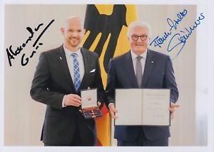 Original signiertes Foto Astronaut Alexander Gerst & Bundespräsident Steinmeier
