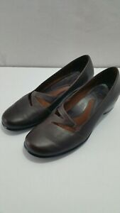 Clarks-Artisan-Collection-Dark-Brown-Leather-slip-on-shoes-Women-039-s-Size-10-M-GC