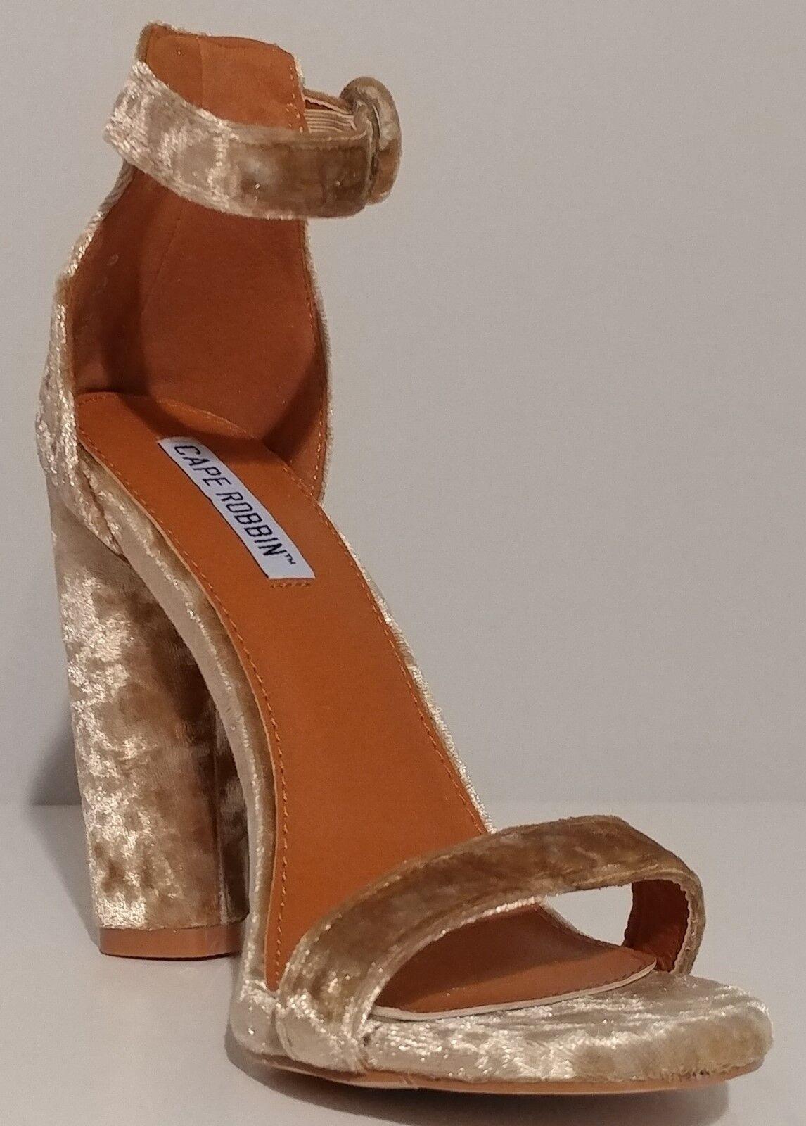 NEW Cape Robbin Robbin Robbin Champagne Velvet Sandals 4  Heels Größe 8M US 38M EUR b2bc0c