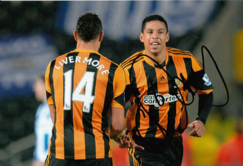 Hull City Hand Signed Curtis Davies 12x8 Photo 5.