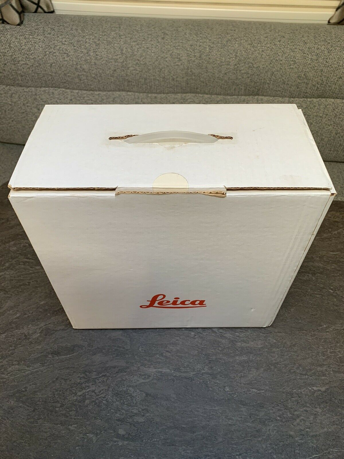 Leica P150 Slide Projector Boxed With Instructions - Full Working Order