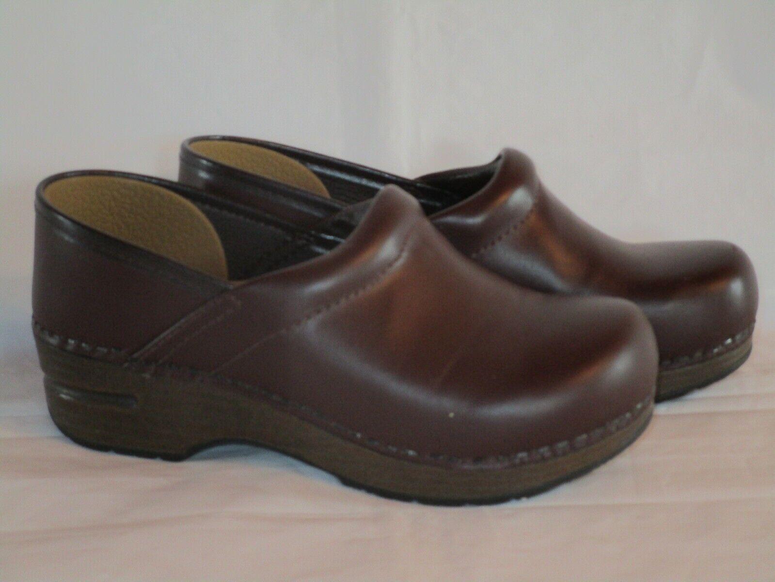 Dansko Women's Dark Brown Leather Clogs Euro Size 32 (US 2-3) Excellent!
