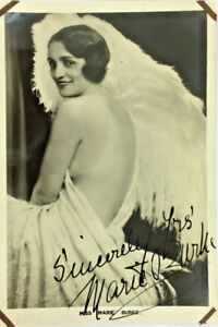MARIE-BURKE-ACTRESS-SIGNED-REAL-PHOTO-POSTCARD-RPPC