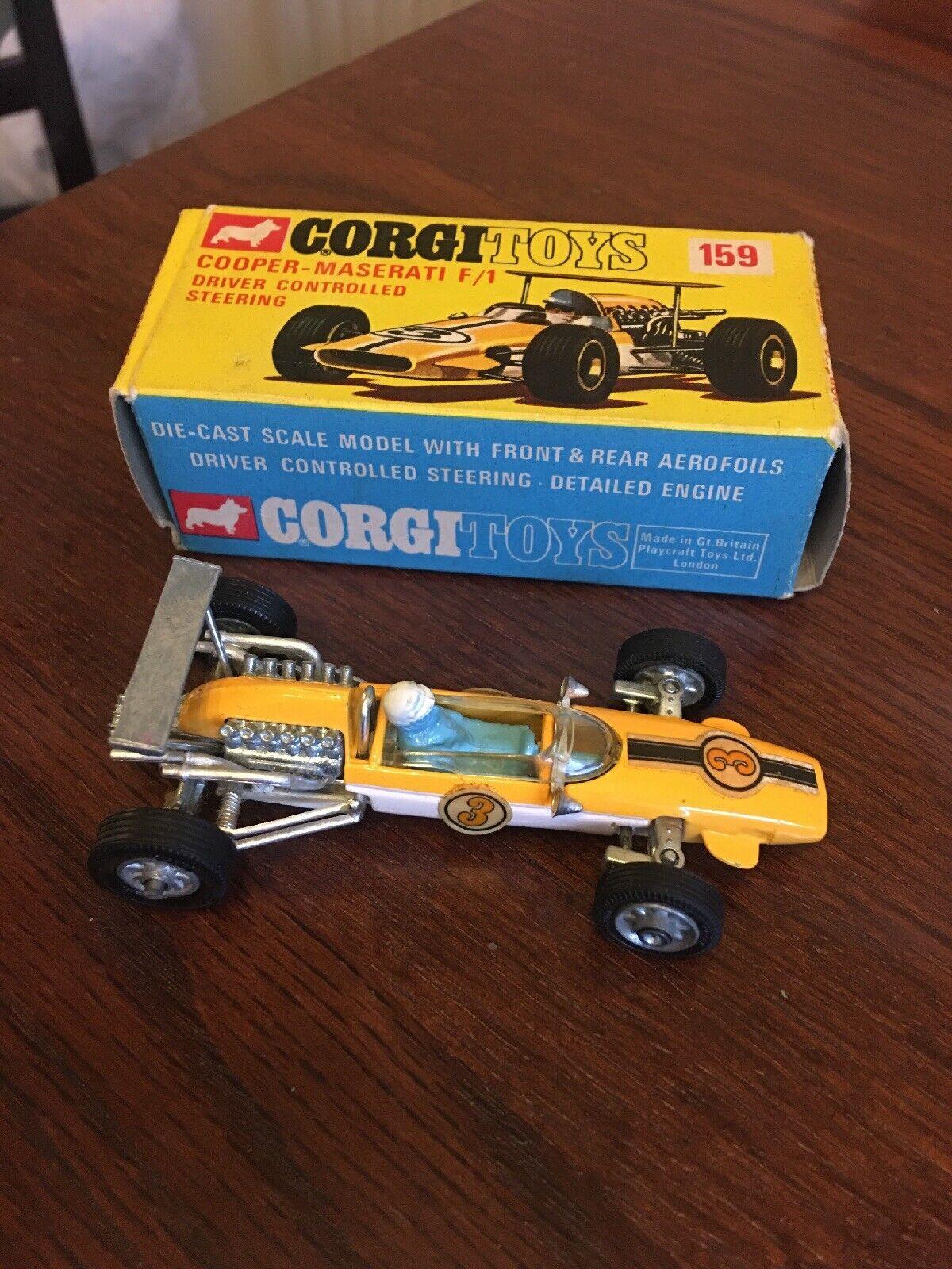 CORGI TOYS NO 159 COOPER -MASERATI  F 1 DRIVER CONTROLLED STEERING