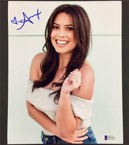 LA-Kings-Angels-TV-Host-ALEX-CURRY-Autograph-Signed-8x10-Photo-1-Beckett-BAS-COA
