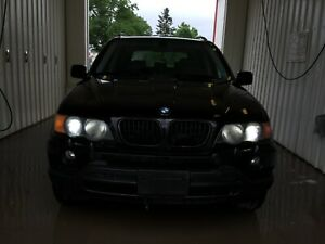 03 BMW X5-PARTS ONLY