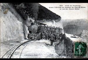 SOMMET-DU-PUY-DE-DOME-63-ARRET-du-TRAMWAY-tres-anime-aux-MONTS-DOME-en-1910