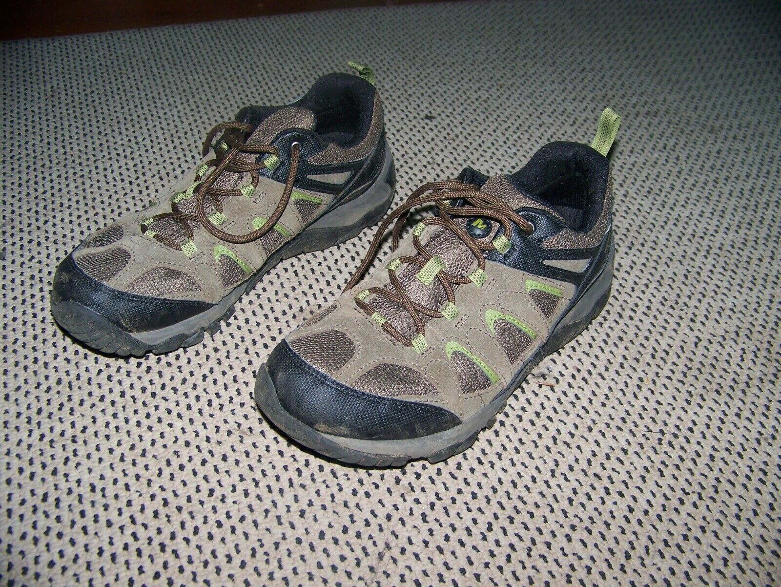 Merrell Outmost Hiking shoes Men's 8.5 used Once EUC   best-selling