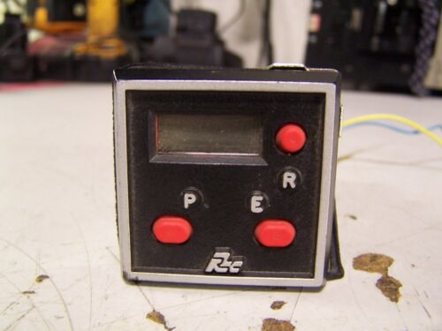 RED LION 6 DIGIT LCD COUNTER 115//230 VAC 0.75 AMPS MODEL CUBC0000