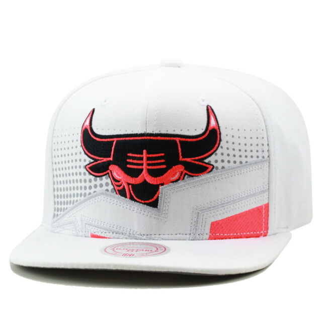 cae990ceb18480 Mitchell & Ness Chicago Bulls Snapback Hat Jordan Retro 6 WHITE Infrared ...