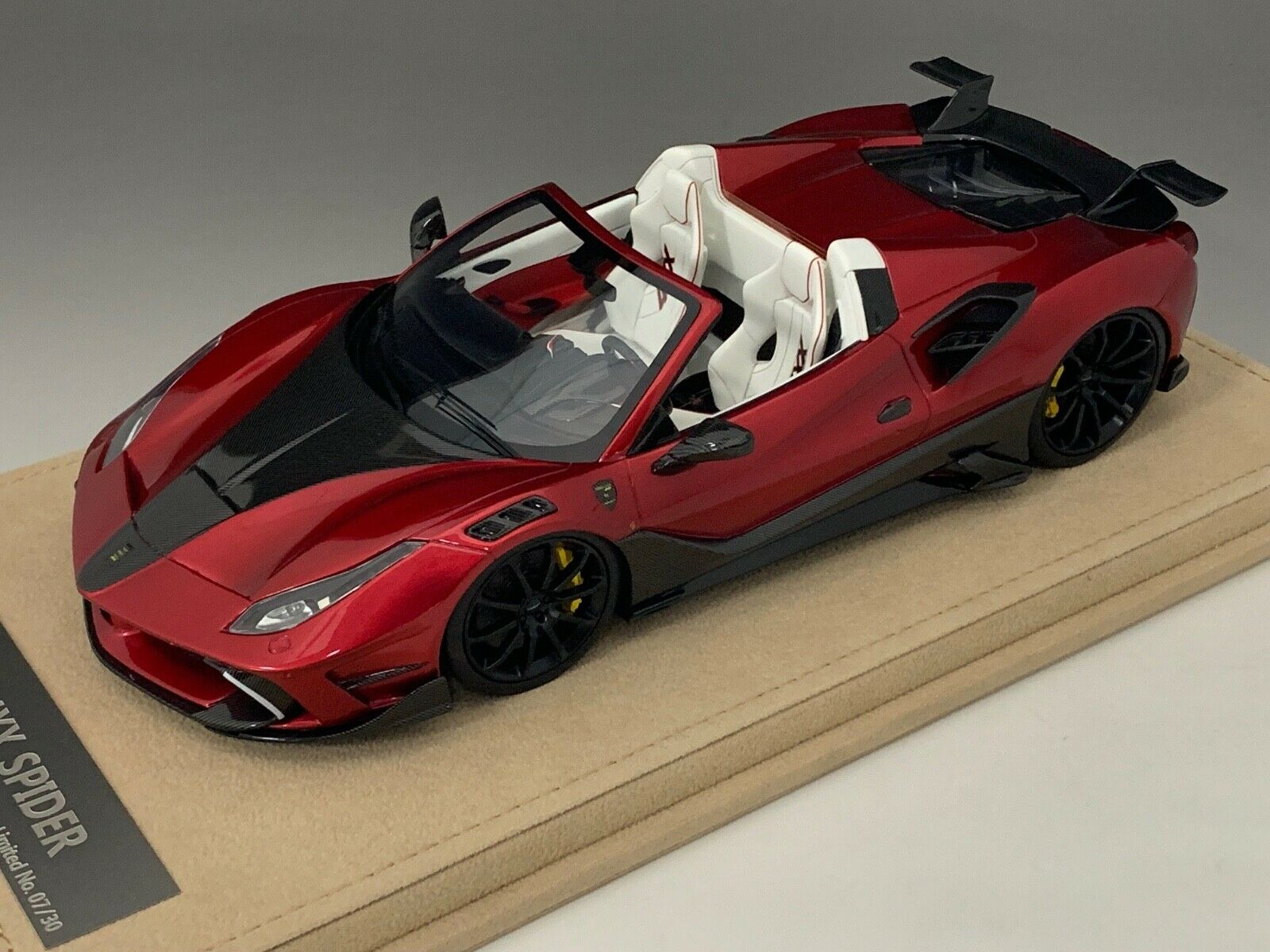 1 18 Ferrari 488 Siracusa 4XX Spider in Metallic Red limited 30 pcs  N BBR or MR