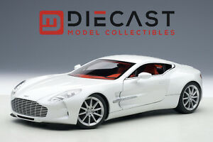 AUTOART-70244-ASTON-MARTIN-ONE-77-MORNING-FROST-WHITE-1-18TH-SCALE