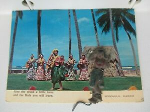 RARE-MECHANICAL-SOUVENIR-POSTCARD-034-TURN-THE-CRANK-HULA-GIRL-034-HONOLULU-HAWAII