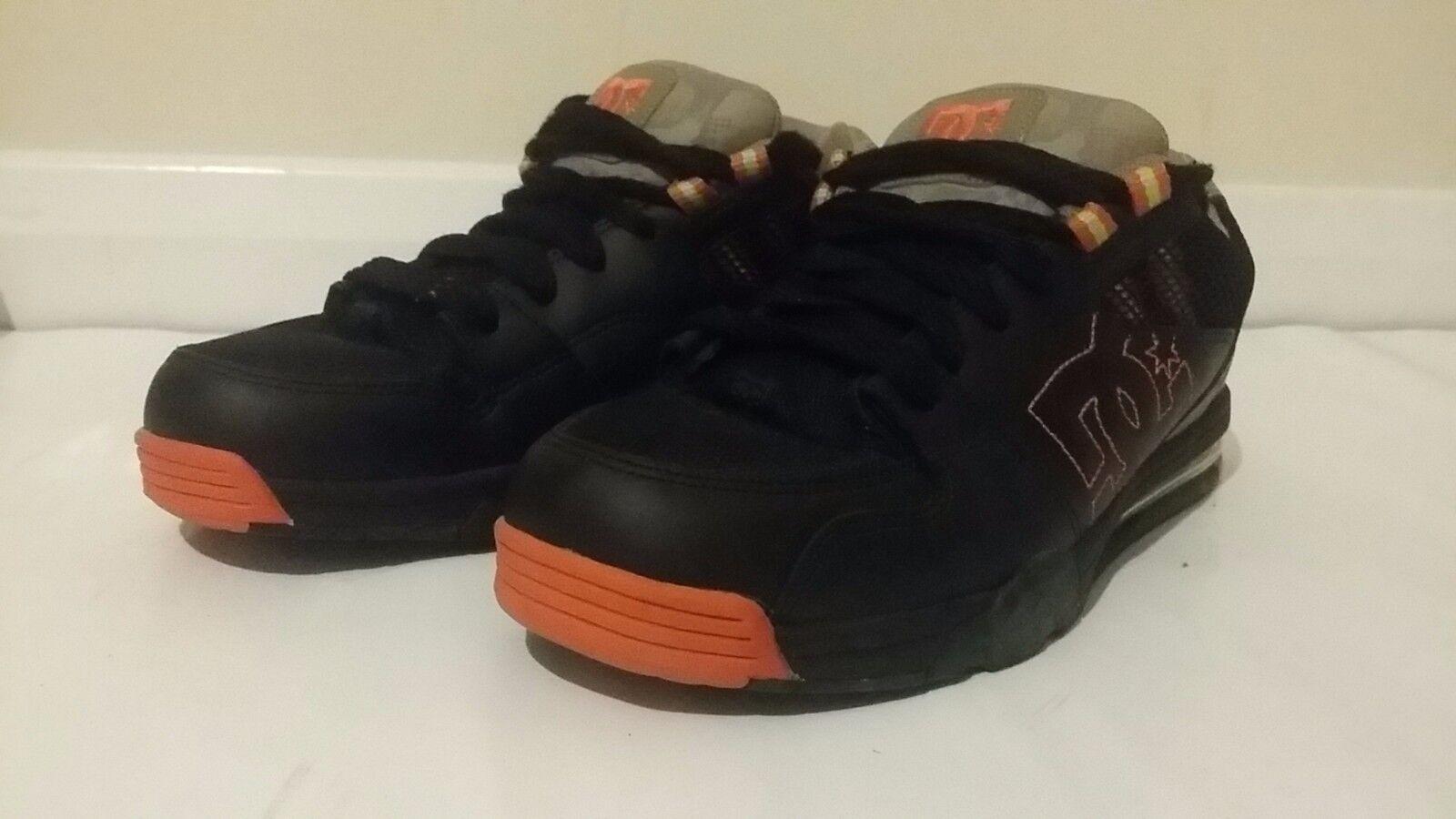 DG  8 Trainers/Stiefel Größe 8  UK 42 EUR e48143