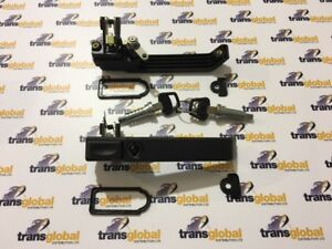 Land Rover Defender Front Door Handle Repair Kit X2 02