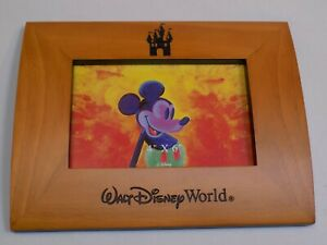 Walt-Disney-World-Etched-Wooden-4x6-034-Photo-Frame-Mickey-Mouse-Cinderella-Castle