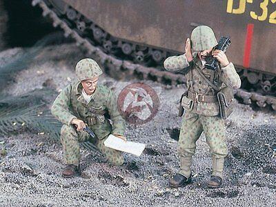 4 Half-figures Verlinden 1//35 USMC Marines Tank // Amtrac Crew WWII LVT 1993