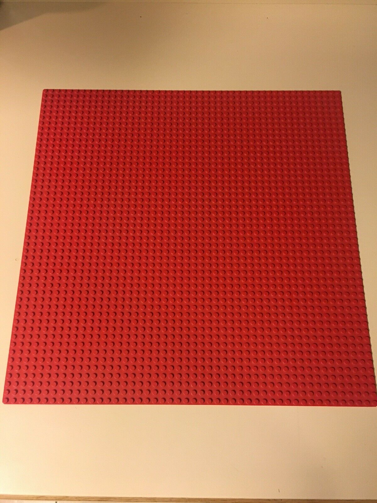 LEGO SUPER RARE  rot LEGO 48 X 48 Studded Base Plate. HARD TO FIND  15in X 15in