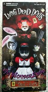 Living-Dead-Dolls-Inferno-as-The-Queen-of-Hearts-in-wonderland-FREE-SHIPPING