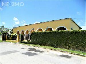 Casa Hacienda, en Venta, 3 Recámaras, Piscina, Estudio TV, Jardines en Alamos 1, SM 311, Cancún