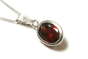 9ct-White-Gold-Oval-Garnet-Pendant-Necklace-and-chain-Boxed-Made-in-UK