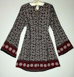 2-HEARTS-Womens-Long-Sleeves-Symmetrical-Floral-Straightcut-Dress-100-polyesterM