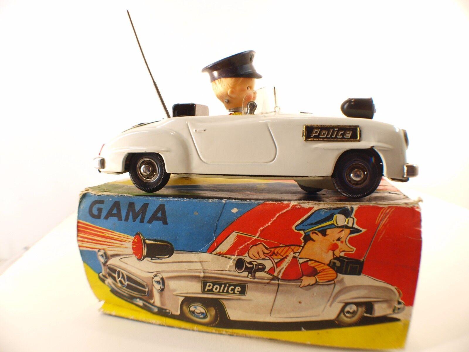 Gama Western Tyskland nr 104 Mercedes Police Sheet Metal Motor Battery