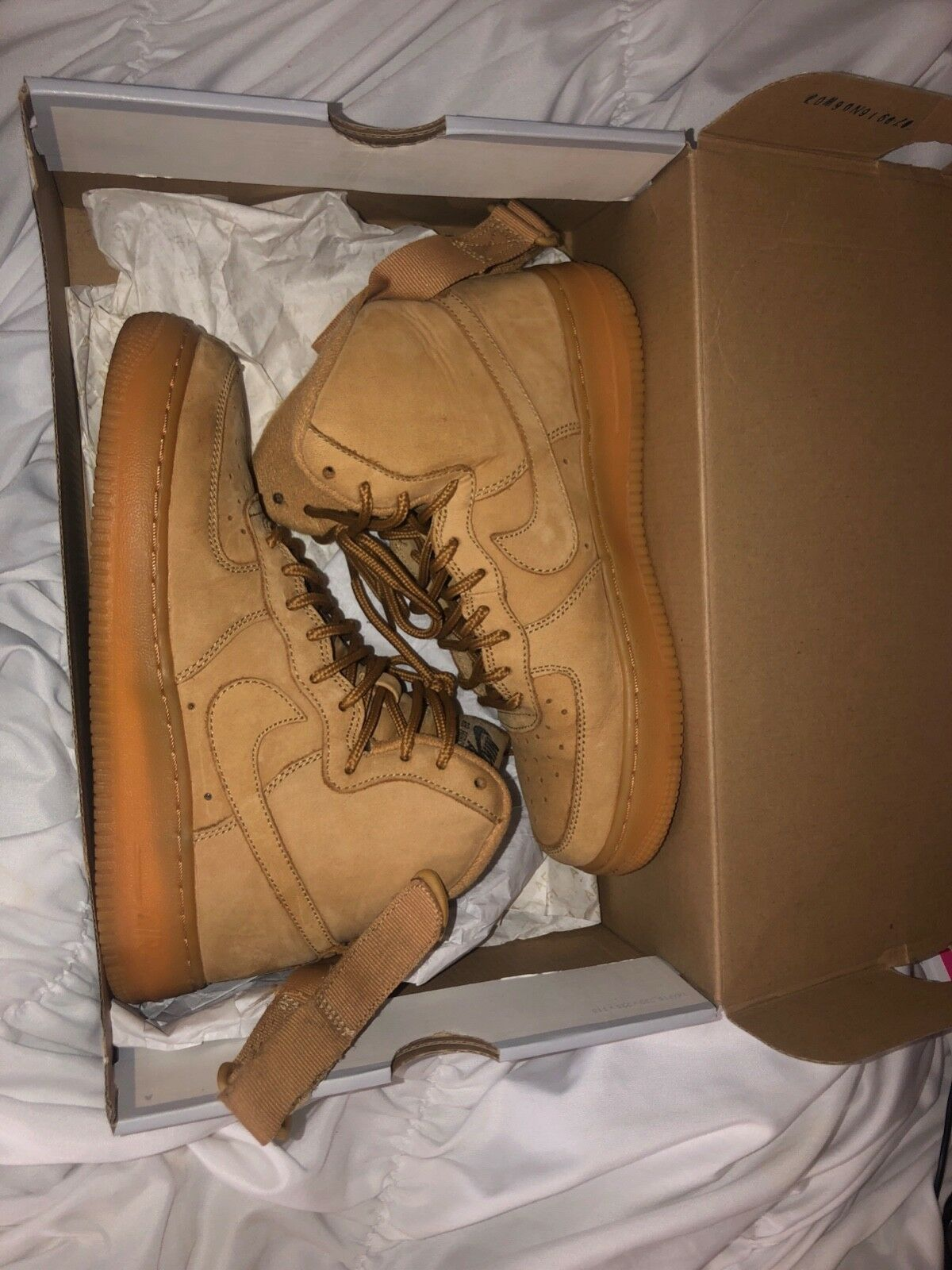 Nike Air Force 1 high Wheat Youth Size  5.5 IN GREAT CONDITION, COMES WITH BOX