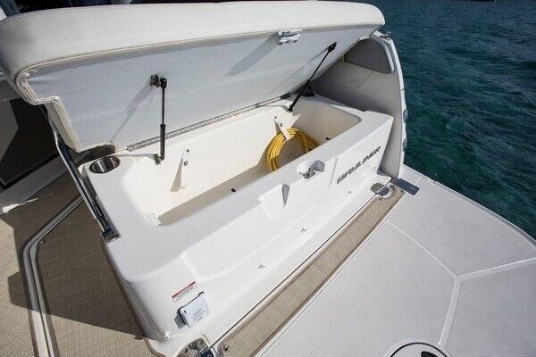 Bayliner Ciera 8 med Mercruiser 6.2L MPI..., Motorbåd,