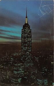 BR30055-Empire-State-Building-at-night-New-york-United-States