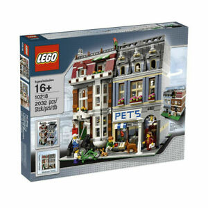 LEGO-Creator-Expert-Pet-Shop-10218-Retired-hard-to-find-Exclusives