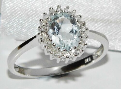 9ct Oro Blanco 1.00ct Aguamarina y Diamante Anillo de clúster Talla M